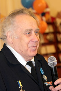 Владислав Петрович Крапивин в день 75-летнего юбилея