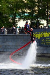 Современные развлечения на воде