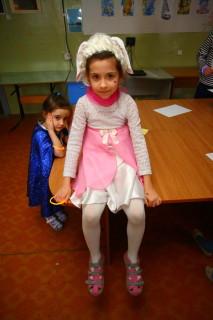 Милена с младшей сестричкой