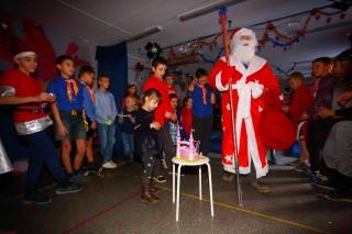 Дед Мороз принимает замок